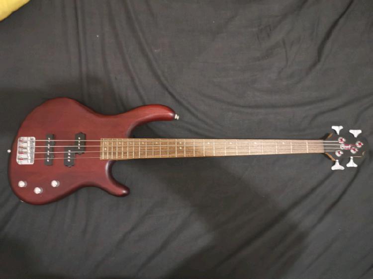 Cort Action bass guitar