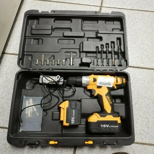 Hand power tools drill