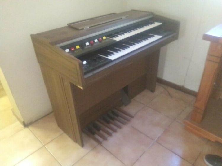 Oral piano for sale