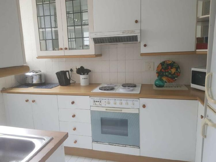 Fulltime furnished 2 bedroom flat