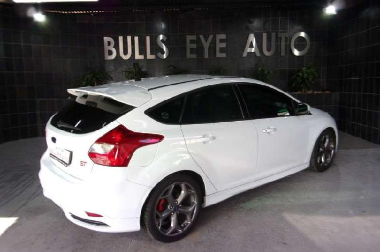 Ford focus st 3 2015