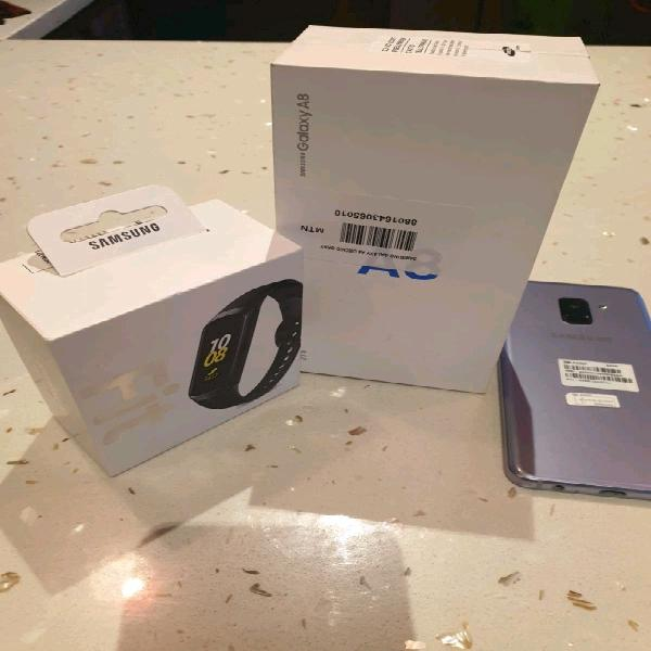 Samsung galaxy a8 and gear fit