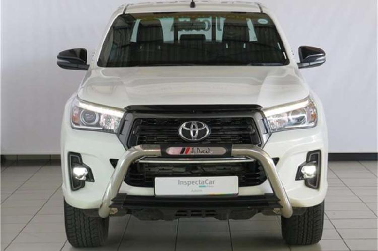 Toyota hilux double cab hilux 2.8 gd 6 rb a/t raider p/u d/c