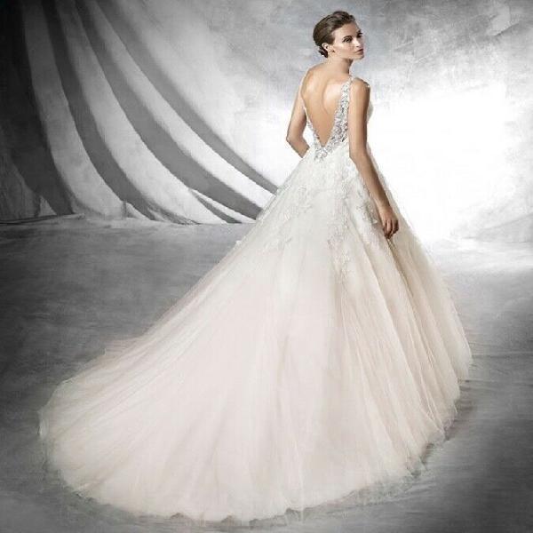 Pronovias Prata Wedding Gown