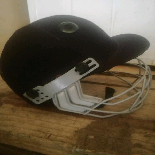 Cricket helmet for sale xl