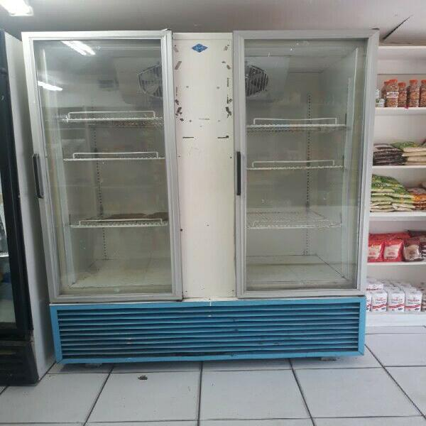 Double door commercial fridge for sale