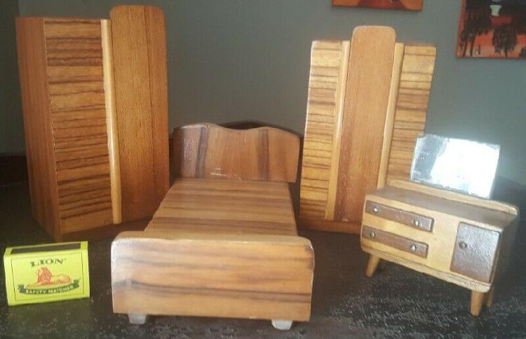 Barbie doll size solid wooden furniture