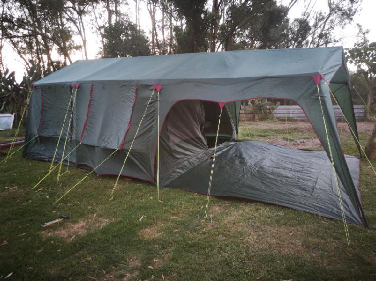 Hi selling a campmaster lagoona 16man tent