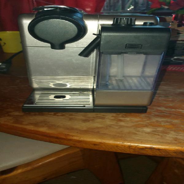 Nespresso delonghi coffee machine for sale