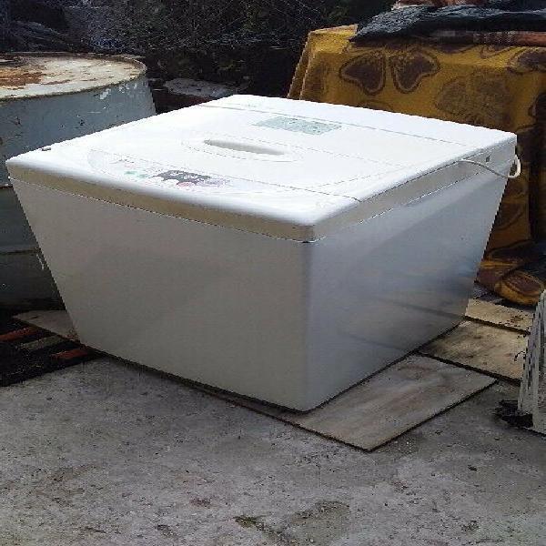 Lg top loader washing machine.
