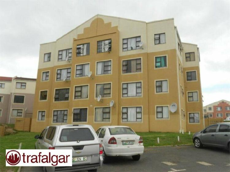 One bedroom flat to rent in amalinda, sohco 12.01
