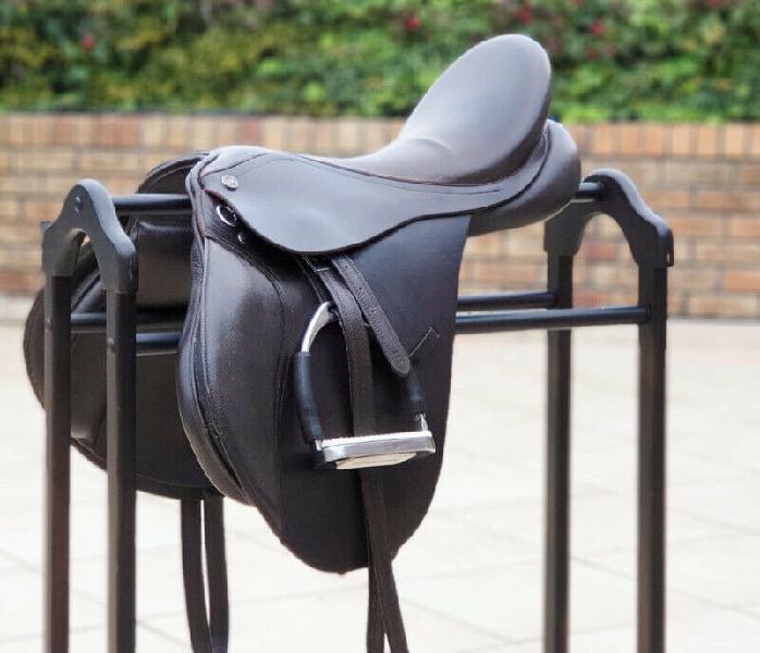 "Geniune leather lightweight 17"" euro rider gp saddle"