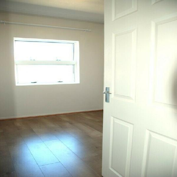 Room in spacious 2 bedroom apartment
