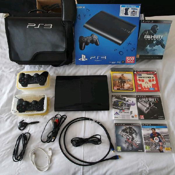Playstation 3 500gb, 2 controllers and driving wheel