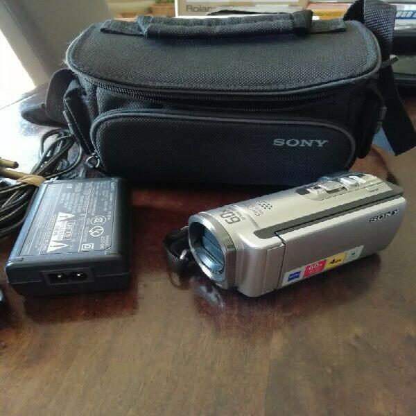 Video camera - sony handycam dcr sx44e - 4gb internal memory