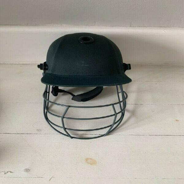 Albion cricket helmet for sale ! size small