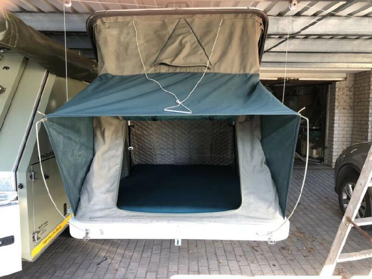 Rooftop tent r16500