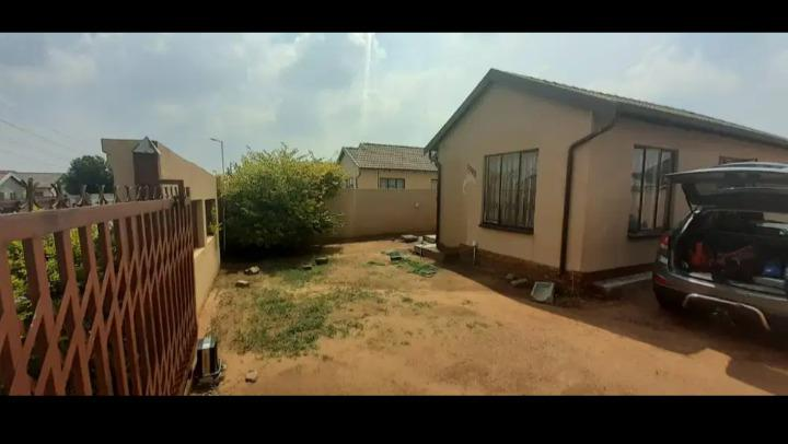 3 bedroom house to rent in soshanguve block vv r4000