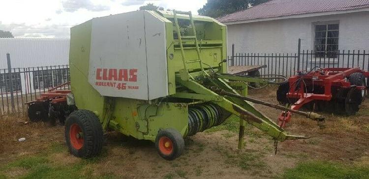 Used claas rollant 46 baler for sale