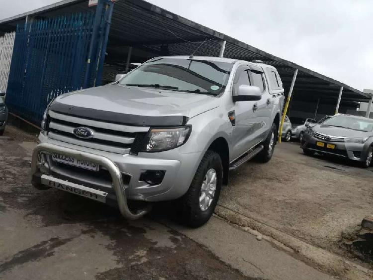 2012 ford ranger 2.2d 6 speed with a canopy