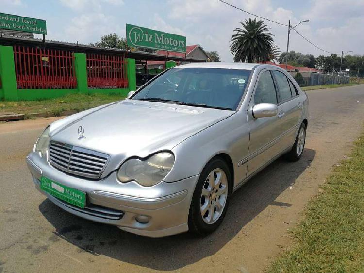 Mercedes-benz c-class c 200k elegance