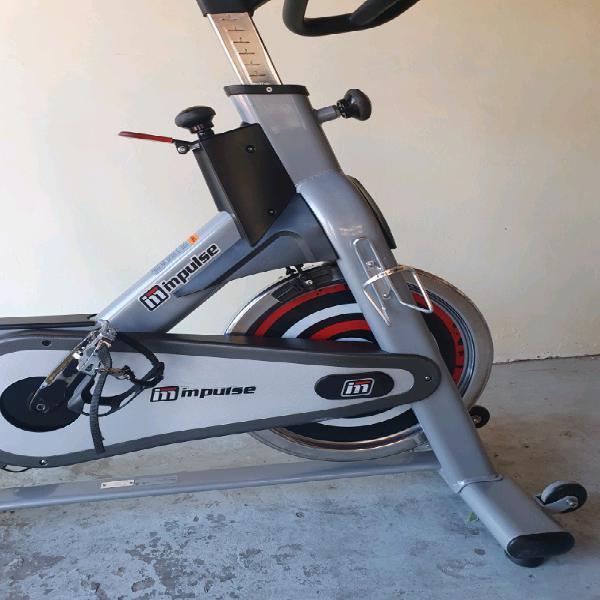 Spinning bike full commercial