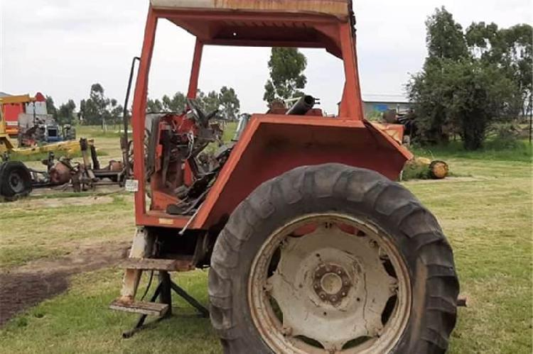 Massey ferguson 2640 tractor 4x4 back end for sale - south