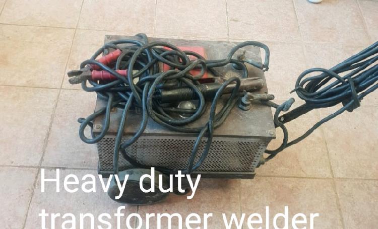 Heavy duty transformer welder