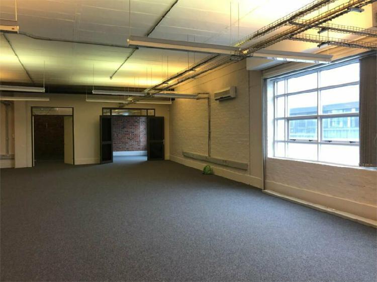 Commercial office space - de waterkant