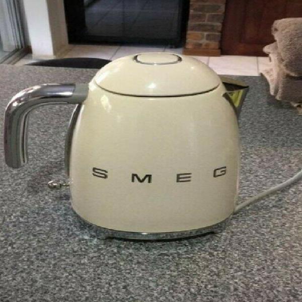 Smeg kettle for sale
