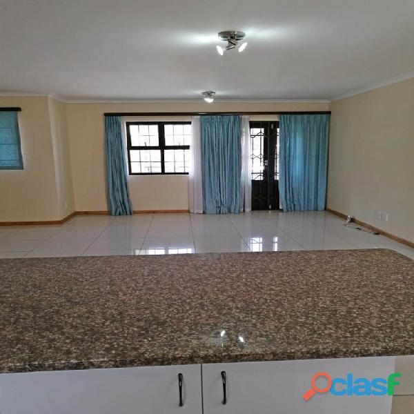 2 Bed Apartment in Rondebosch 9