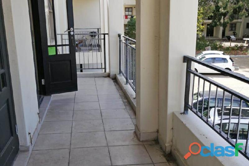 2 Bed Apartment in Rondebosch 11