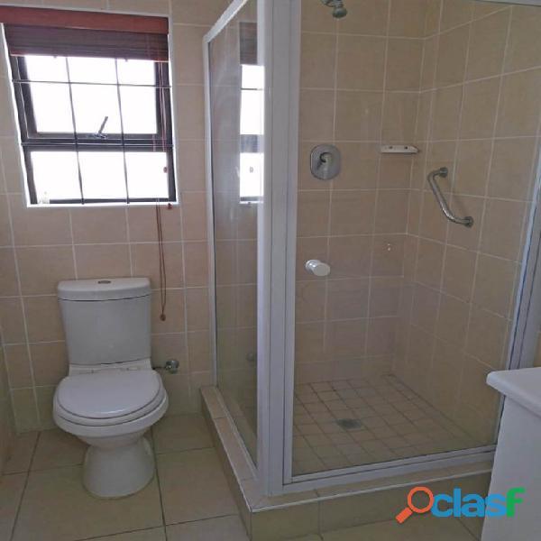 2 Bed Apartment in Rondebosch 2