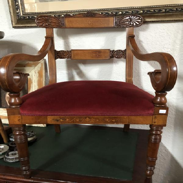 Exceptional regency (1820) ornate arm chair in mahogany