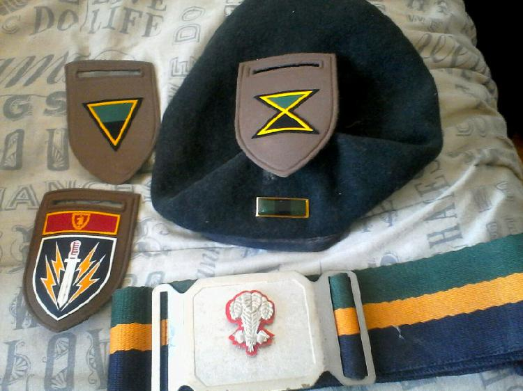 I am looking for any old army related items for cash
