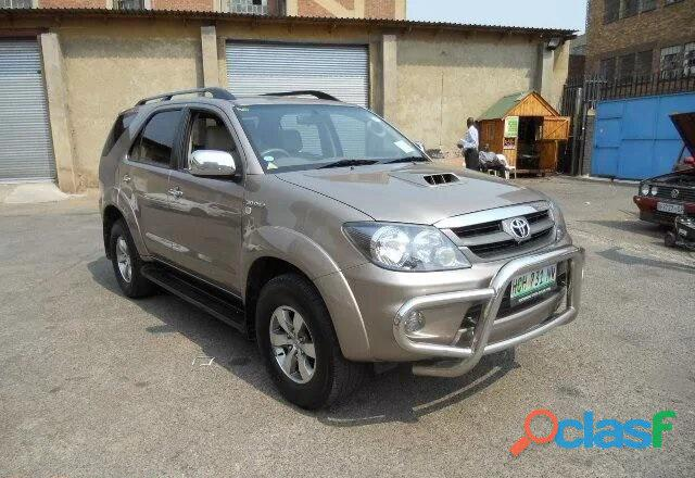 '08 Toyota Fortuner 3.0 D  4D 4x4