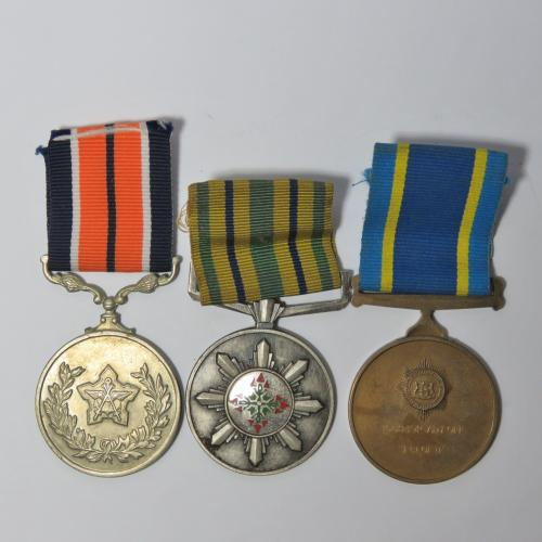3 medals issued to warrant officer j cloete 75 year faithful