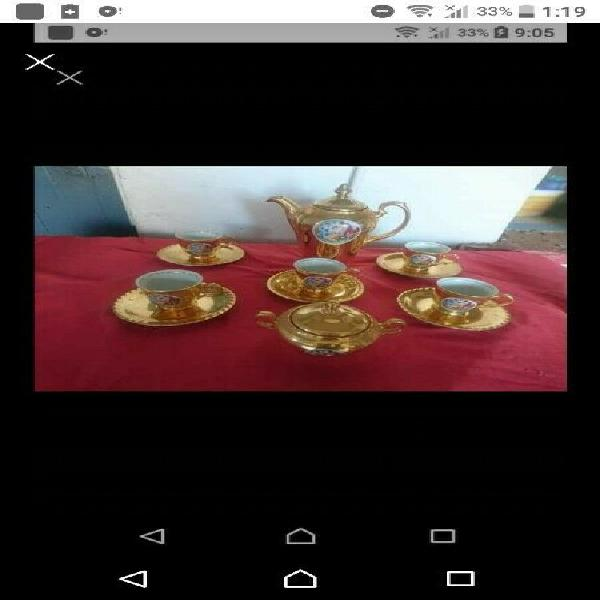 Vintage porcelain set one cup have a small chip r500