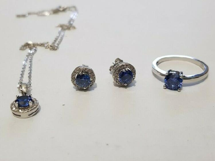 Ba352.925 silver blue stone set