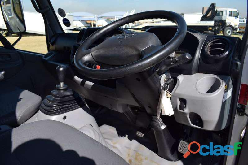 2010 TOYOTA DYNA 4093 for sale in KZN in good condition 6