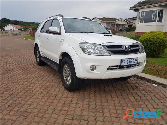 2007 Toyota Fortuner 3.0 D  4D Raised Body
