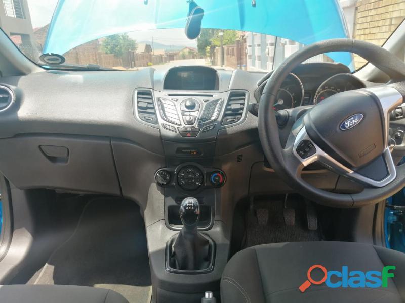 2014 Ford Fiesta 1.0 EcoBoost Titanium 5Dr 10
