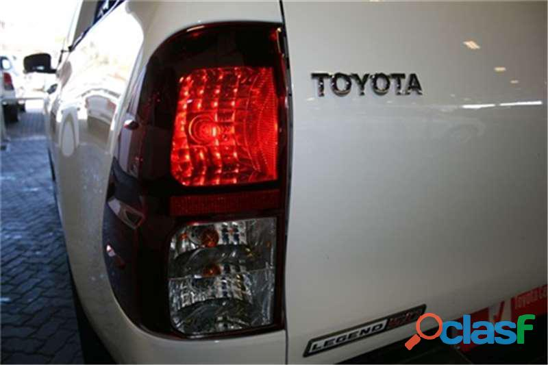 2019 Toyota Hilux 2.8 GD   6 Raider 4X4 A/T D/Cab 7