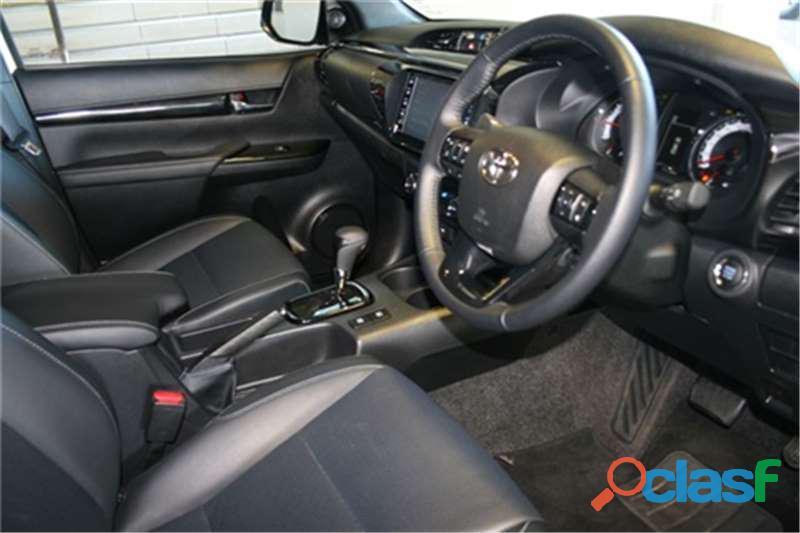 2019 Toyota Hilux 2.8 GD   6 Raider 4X4 A/T D/Cab 9