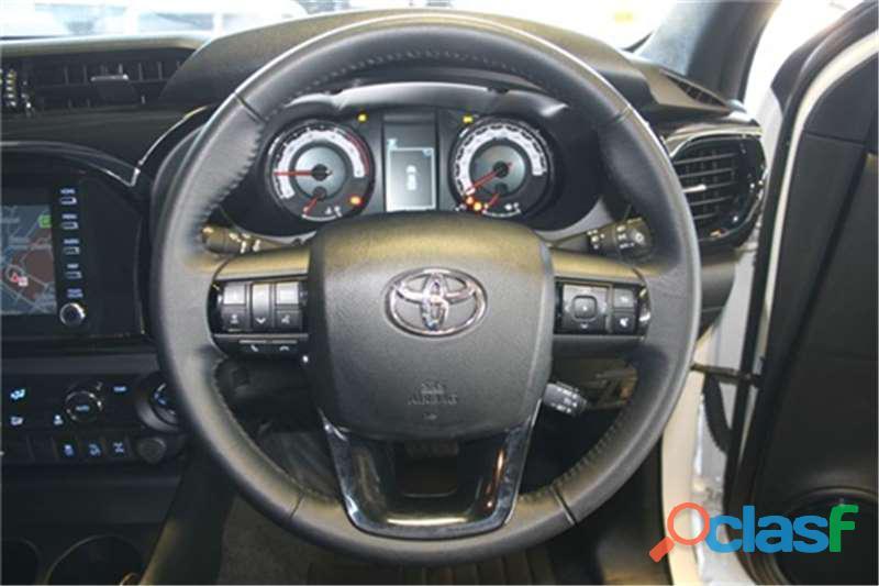 2019 Toyota Hilux 2.8 GD   6 Raider 4X4 A/T D/Cab 10