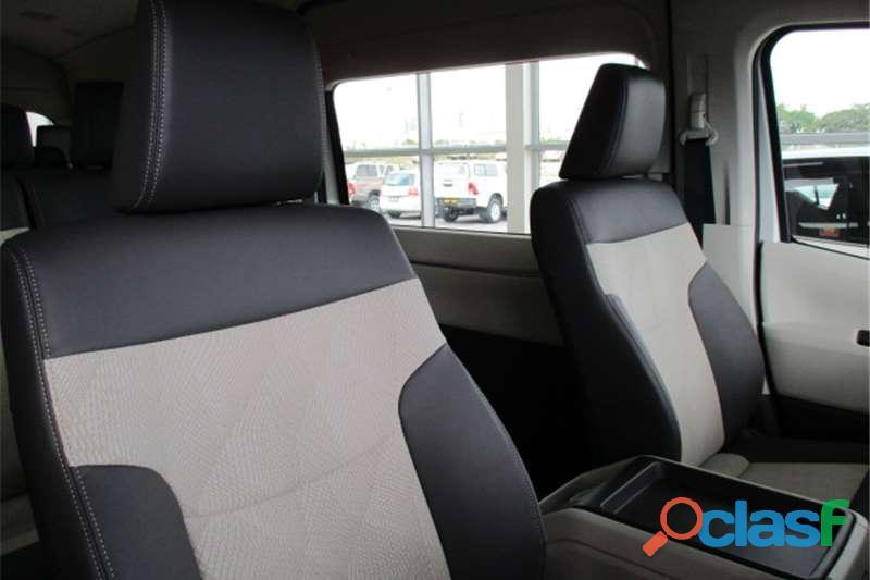 2019 Toyota Quantum 2.7 GL 14 Seater Bus 6