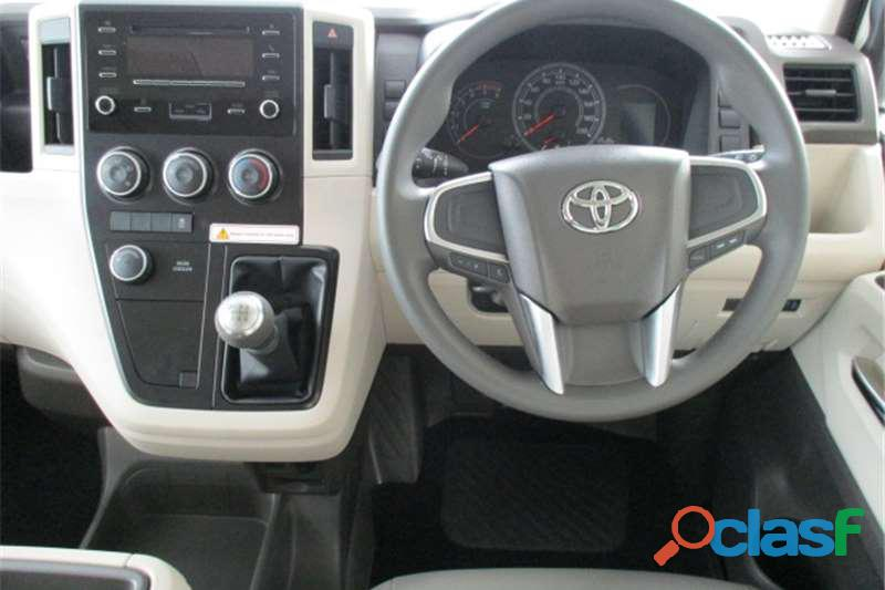 2019 Toyota Quantum 2.7 GL 14 Seater Bus 12