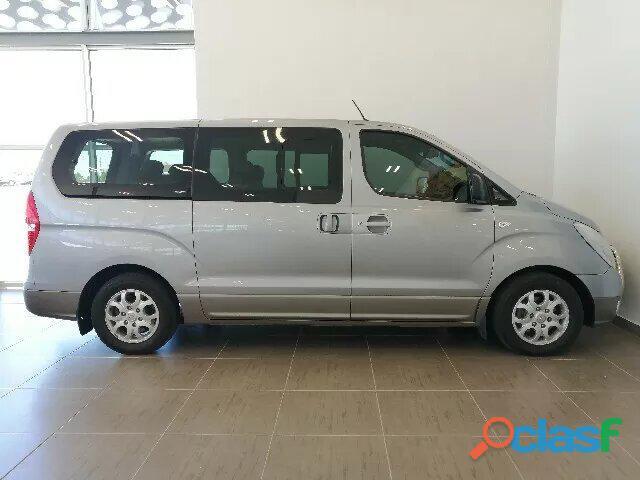 Hyundai H   1 MY15 2.5 VGTi 9   Seater Bus A/T 1