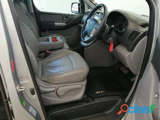 Hyundai H   1 MY15 2.5 VGTi 9   Seater Bus A/T 6