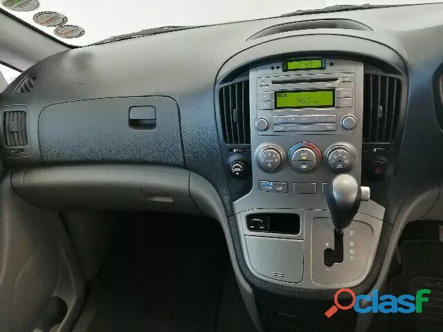 Hyundai H   1 MY15 2.5 VGTi 9   Seater Bus A/T 8